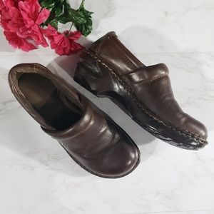 BOC brown clogs Slip on size 6.5